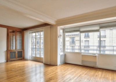 ranovation-salon-d'appartement-haussamanier